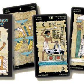 Tarot egipcio (papiro)