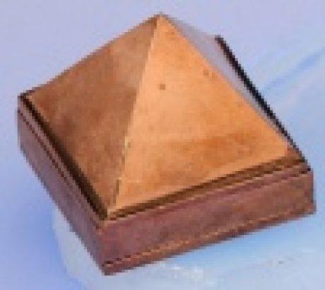Pirámides cobre generadoras