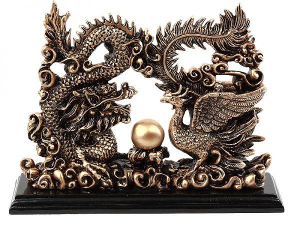 Dragón y ave fenix
