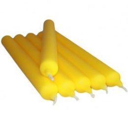 Vela color amarillo