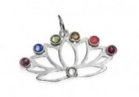 colgante-flor-de-loto-chakras-plata